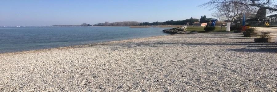 Spiaggia La Zattera Desenzano
