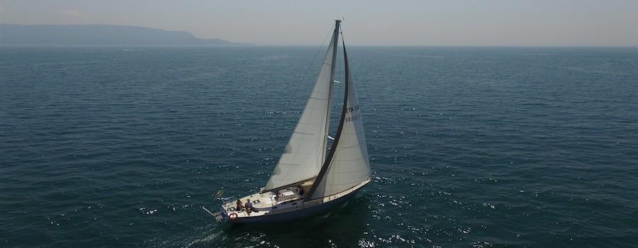 Barca a vela White lago di Garda